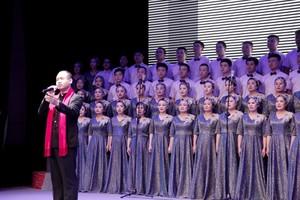 汾西慶祝建國70年職工大合唱3.jpg